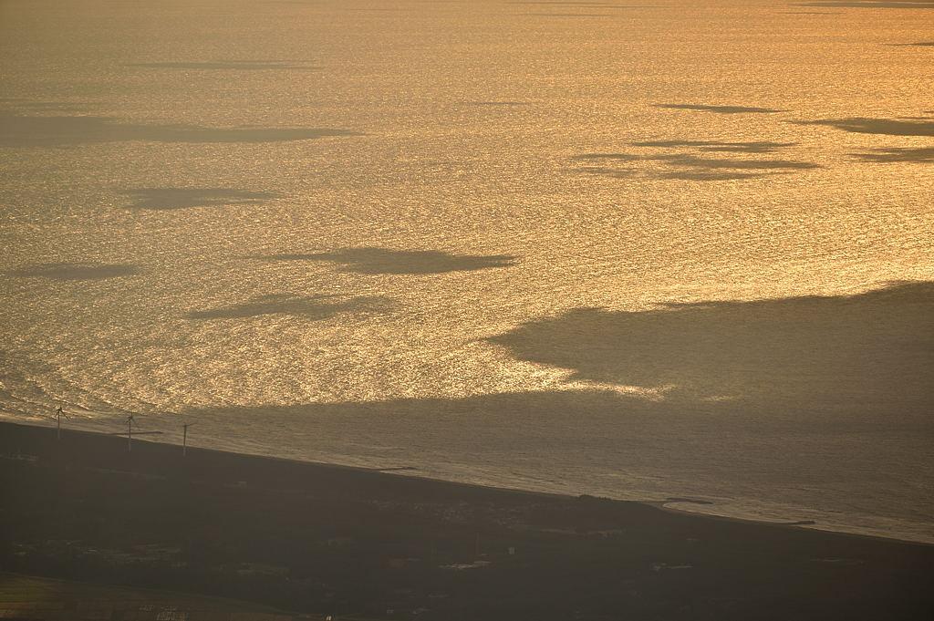 キラキラと日本海