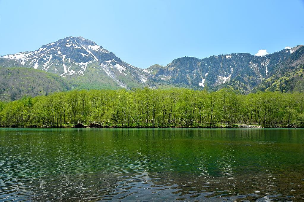 【13:01】大正池からの焼岳