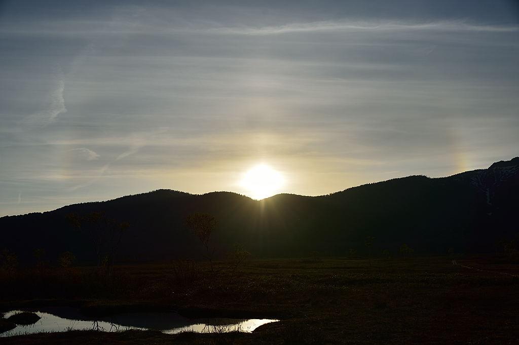 【18:08】夕陽と薄い幻日