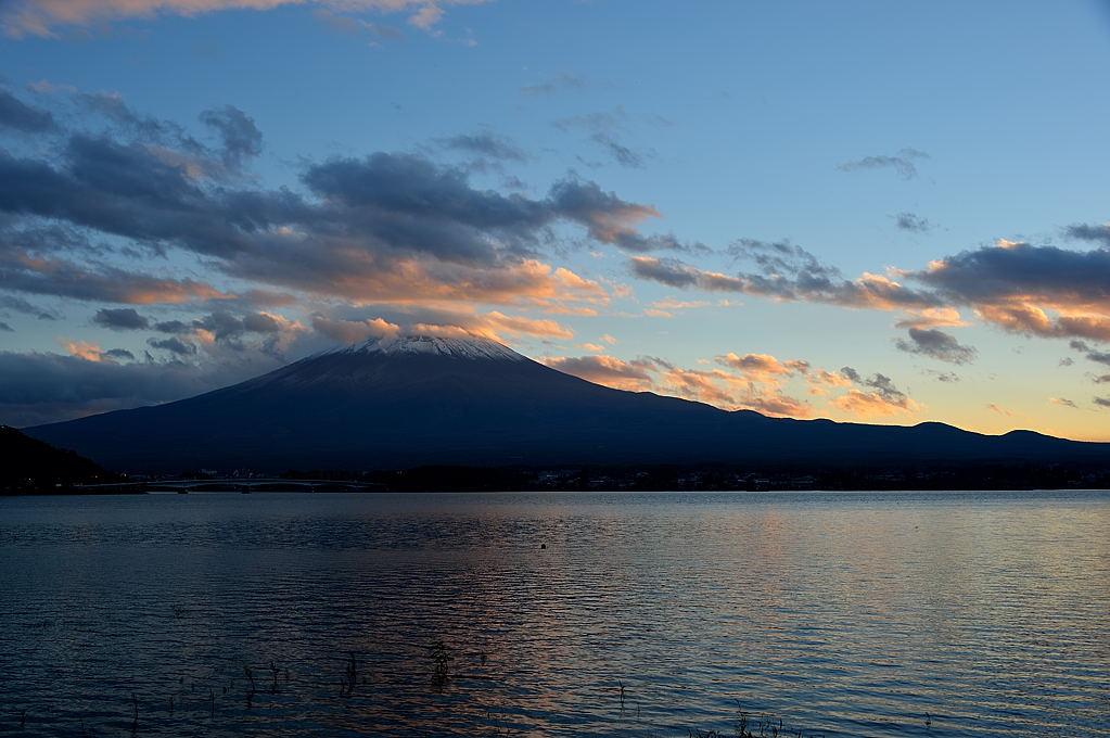 夕陽が映える雲